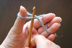 Cum se lucreaza un nod crosetat